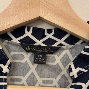 A classic Brooks Brothers Woman's tunic in Blue
